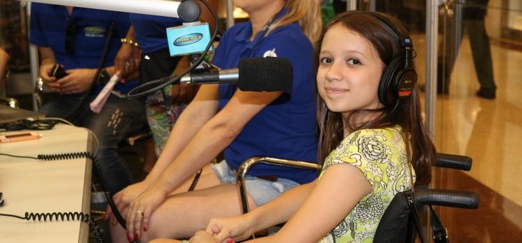 Entrevista da Sabrina Vella, ao vivo, na Rádio Clube